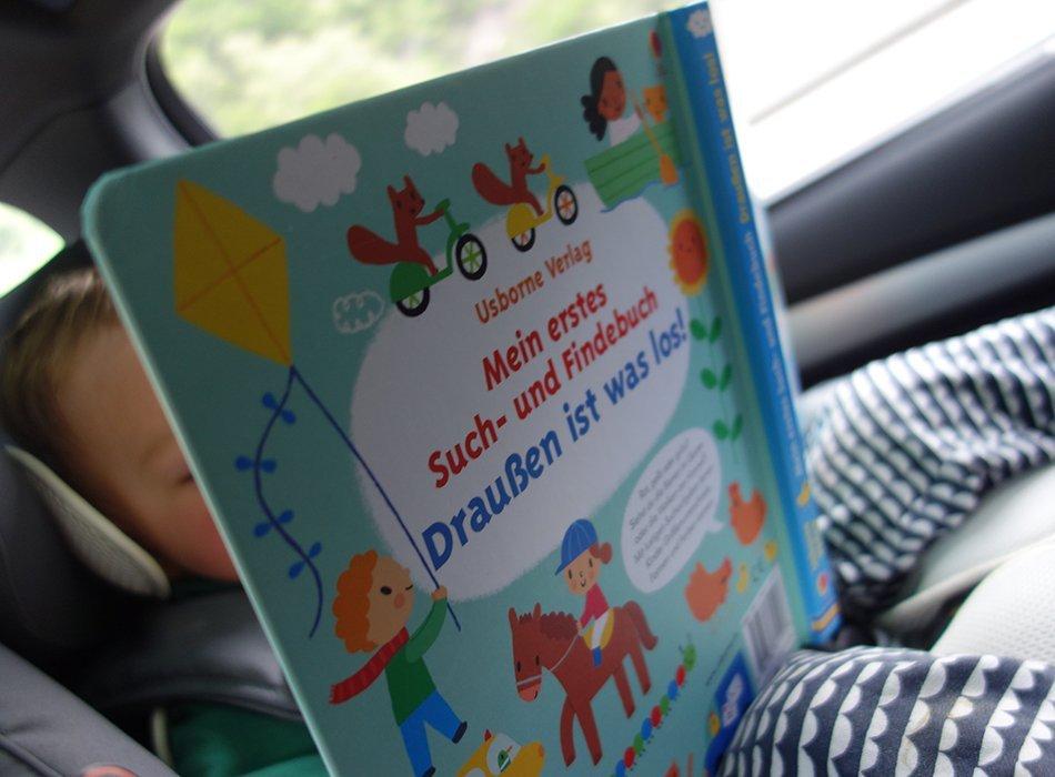 Lange Autofahrt mit Kleinkind - 10 Tipps und Ideen, ekulele, mamablog, beschaeftigung, langeweile, pause, buch, snack, spiele, unterhaltung, wohnwagen, urlaub, reisen, reiseblog (3)